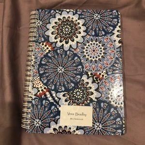 🔵🔴 Vera Bradley - Mini Notebook